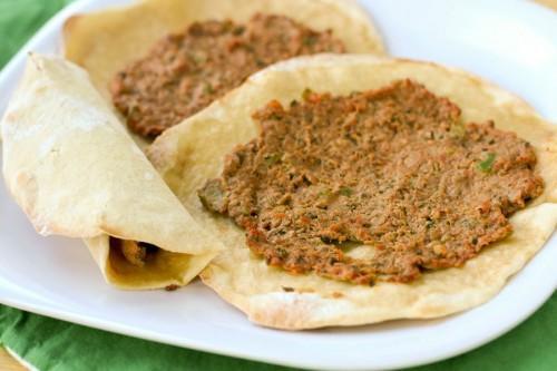 Jídlo z arménské kuchyně - Lamaggio