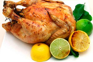 Celé pečené kuře s citronem