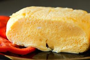 velkolepá omeleta pečená v pomalém sporáku