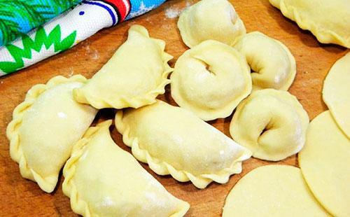 Knedlík recept na těsto  jak vařit jednoduché a dobré