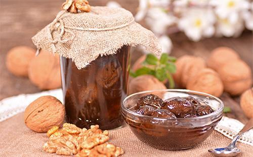 Ruskea pähkinähillo