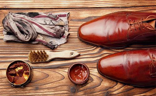 Krém na boty a ponožky