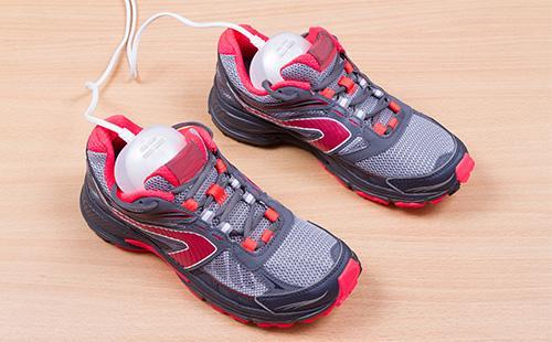 Sušení bot v teniskách