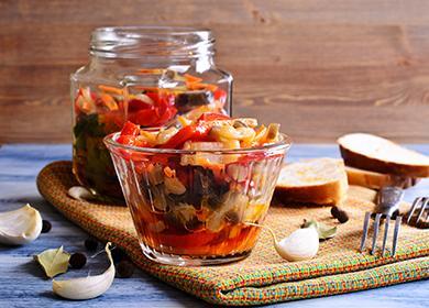 Зеленчукова салата в буркан и купа