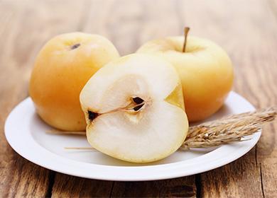 Kuinka kastella omenat talveksi: vanha tapa korjata nuorentavia hedelmiä nykyaikaisissa olosuhteissa