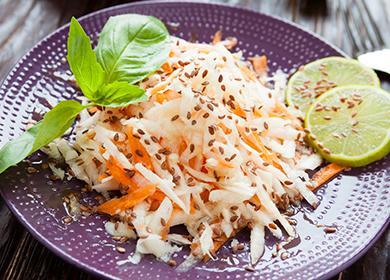 Talíř ředkvičky a mrkev salát