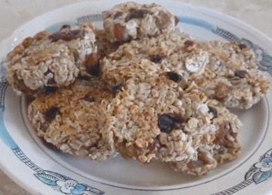 Готвим прости и вкусни овесени бисквитки в тиган според рецептата със снимка.