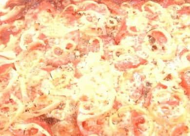 Kuinka oppia keittämään herkullisia leivonnaisia pizzaa uunissa