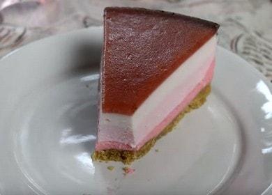 Vaření neuvěřitelně chutné tvarohové koláče s jahodovým tvarohem podle receptu s fotografiemi krok za krokem.