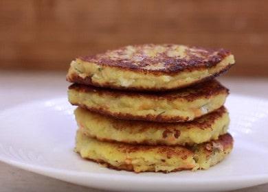 Приготвяме вкусни картофени палачинки със сирене по стъпка по стъпка рецепта със снимка.