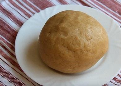 Připravujeme úspěšné křehké pečivo bez vajec podle postupného receptu s fotografií.