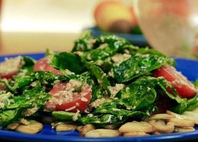 Připravujeme lahodný a výživný salát se špenátem a rajčaty podle postupného receptu s fotografií.