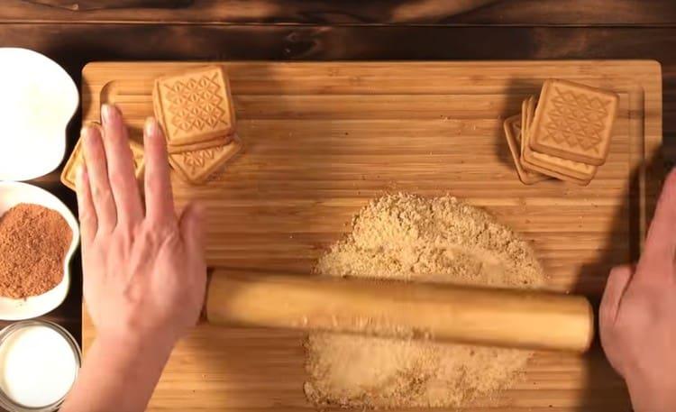 Křehké sušenky s válečkem.