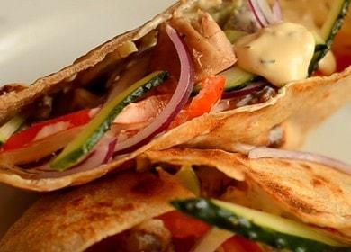 Originální shawarma in pita: vaříme podle receptury s fotografiemi a videy.