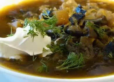 Sušená houbová polévka s kroupami: krok za krokem recept s fotografiemi