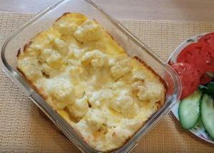 Нежен карфиол във фурната с яйце: гответе по рецептата със стъпка по стъпка снимки.