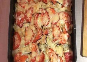 Francouzské maso s bramborami a rajčaty krok za krokem recept s fotografií