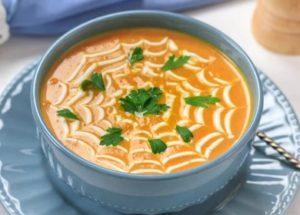 lahodný klasický dýňová polévka pyré recept