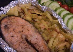 Риба от сьомга: печете във фурната според рецептата със снимка.