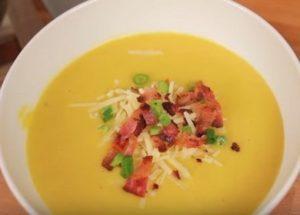 Приготвяме класическо тиквено пюре за супа по стъпка по стъпка рецепта със снимка.