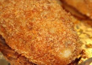 Сочни пилешки котлети с вкусна коричка във фурната